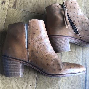 Sheridan Leather Boots